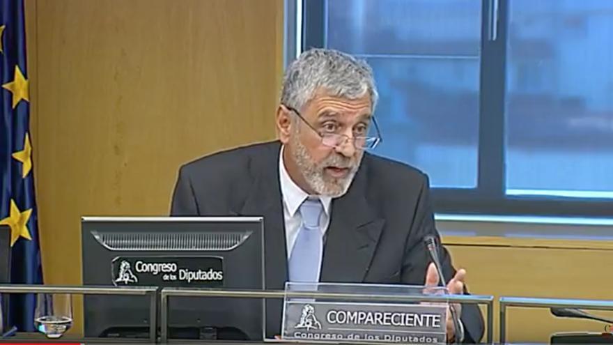 El piloto retirado Miguel Ángel Gordillo durante su comparecencia en el Congreso de los Diputados.