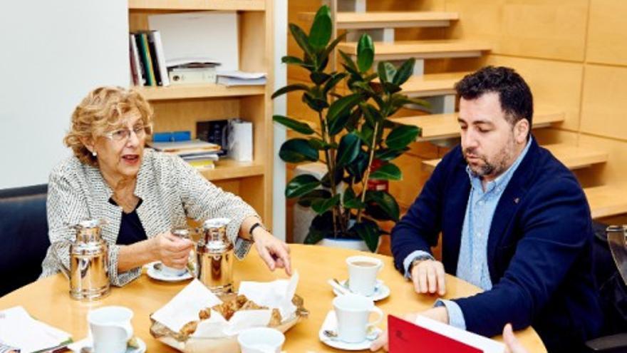 La alcaldesa de Madrid y el alcalde de Rivas se reúnen y acuerdan impulsar el plan integral de la Cañada Real.
