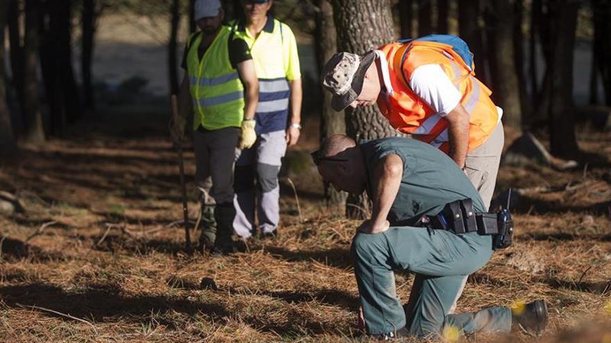 Los voluntarios que buscan a Diana Quer rastrean la zona montañosa de A Curota