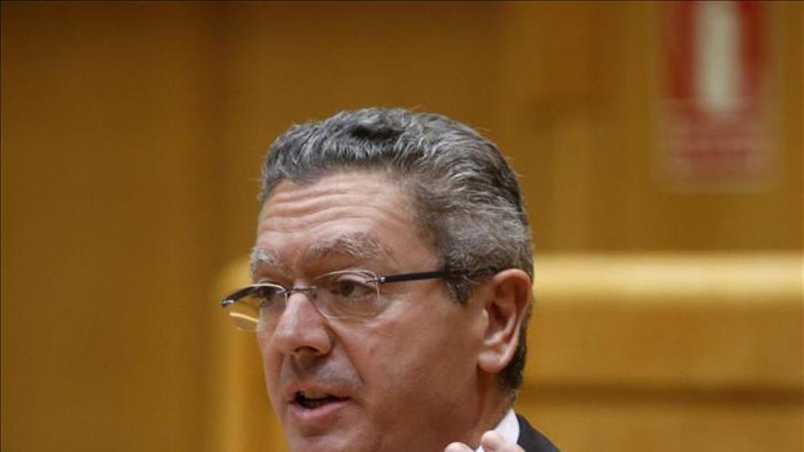 Gallardón respalda impulsar el euskera en la administración de Justicia vasca