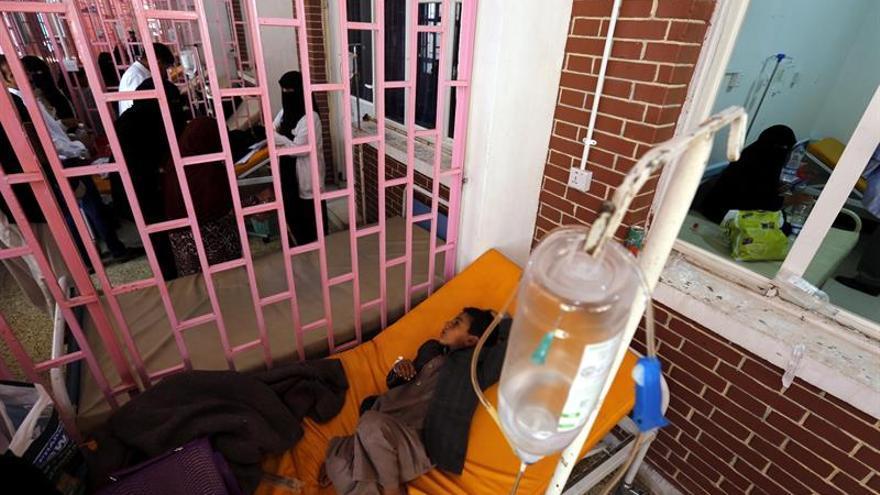 La OMS eleva a 2.065 las muertes por cólera en Yemen y a 646.000 los casos