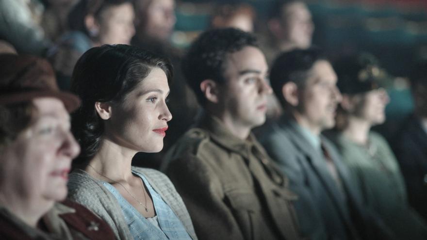 Imagen de la película 'Su mejor historia', de Lone Scherfig
