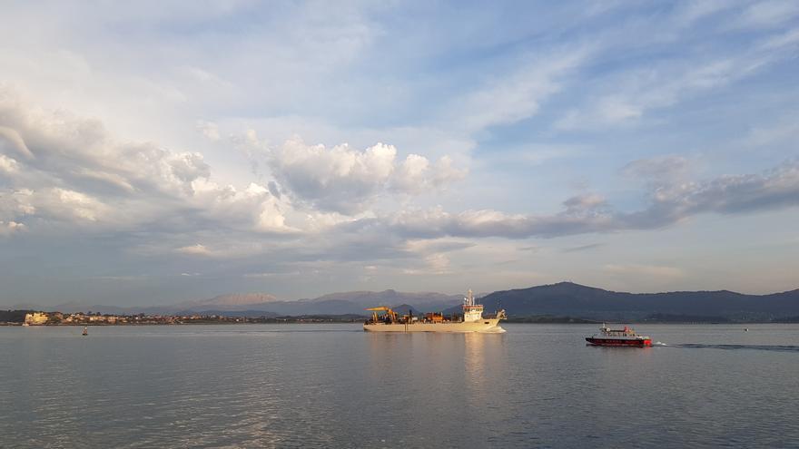 Draga Taccola en el Puerto de Santander