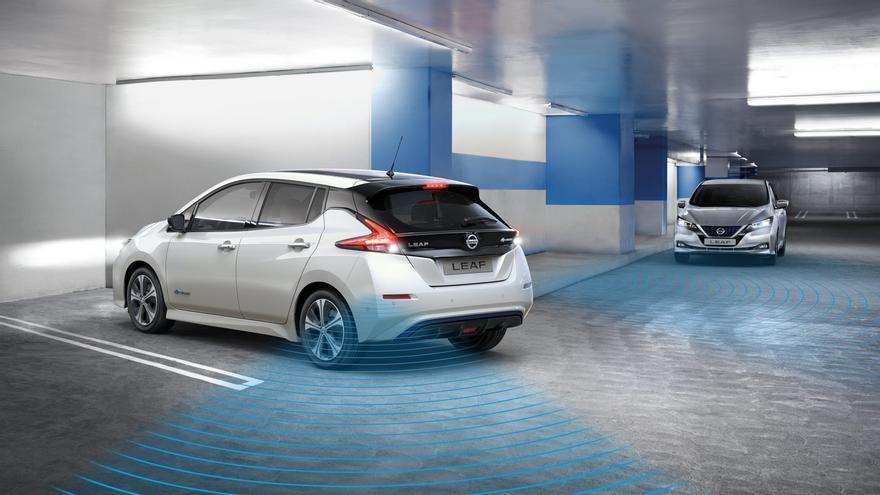 El coche eléctrico de Nissan, el Leaf, uno de los más avanzados en seguridad activa.