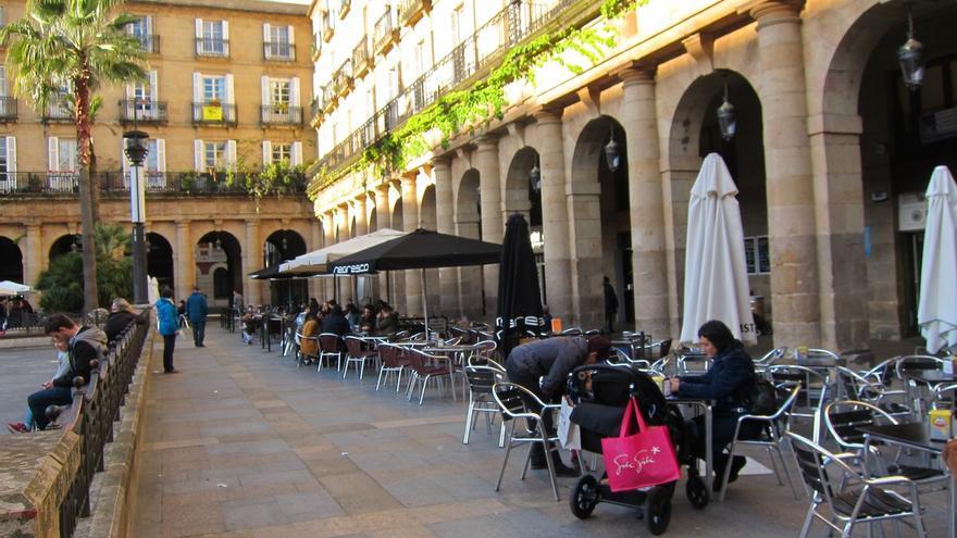 El horario de cierre de los locales de hostelería de Bilbao se amplía dos horas con motivo de los Carnavales
