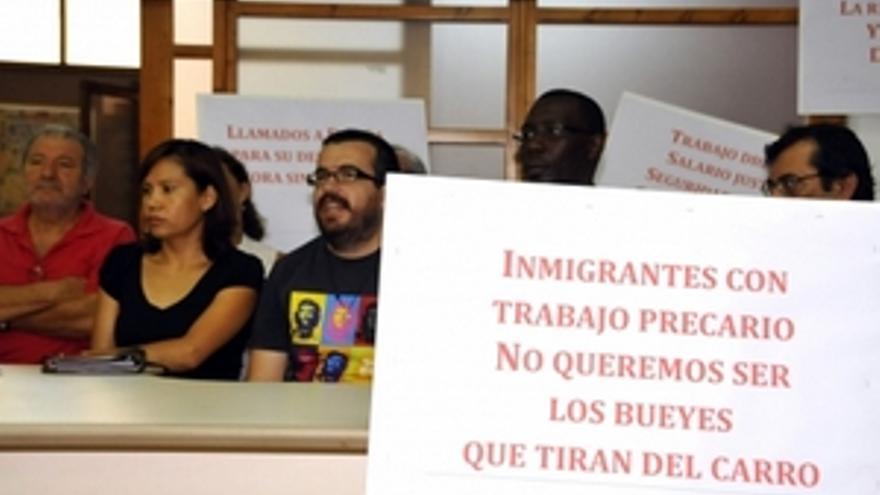Rueda de prensa de la Plataforma Canaria por los Derechos Humanos de las Personas Migrantes. (ACFI PRESS)