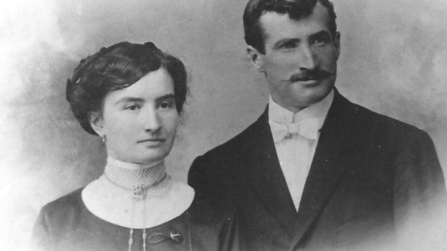 Fotografía de la boda de Catherine Urquilux y John Etchart, 1912. Todas las fotos son cortesía de la familia Etchart.