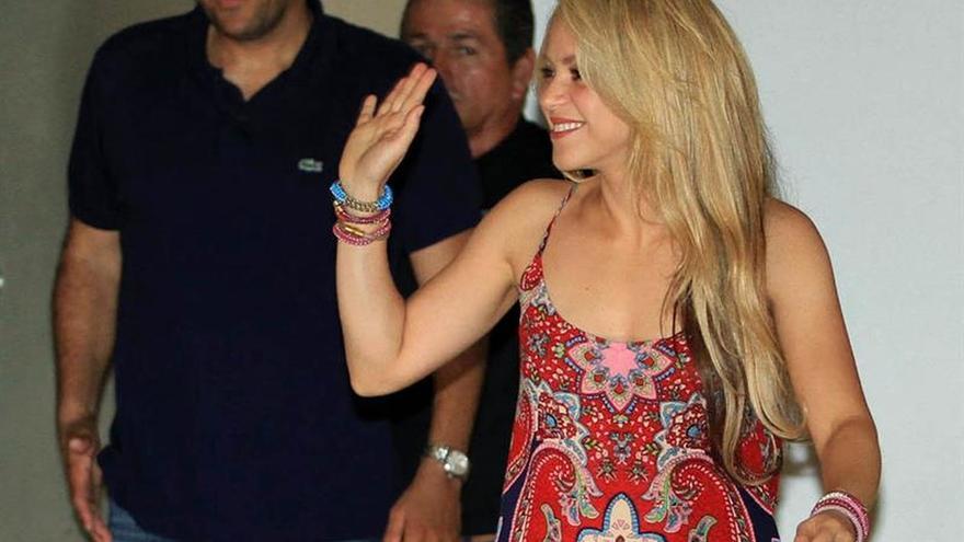 Shakira desmiente los rumores sobre un nuevo embarazo y dice que no piensa en boda