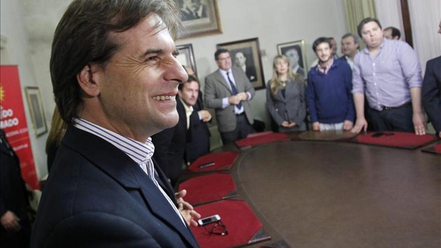 El Partido Colorado confirma su apoyo a Lacalle Pou para el balotaje en Uruguay