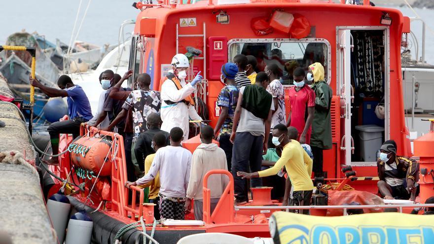 500 personas llegan en patera a las costas españolas en cerca de 24 horas, la mayoría a Murcia y Baleares