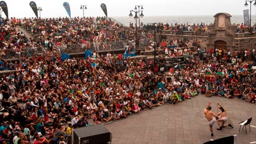 La afluencia masiva de público eleva hasta en un 15% la reserva en hoteles de la zona durante los días del Festival.