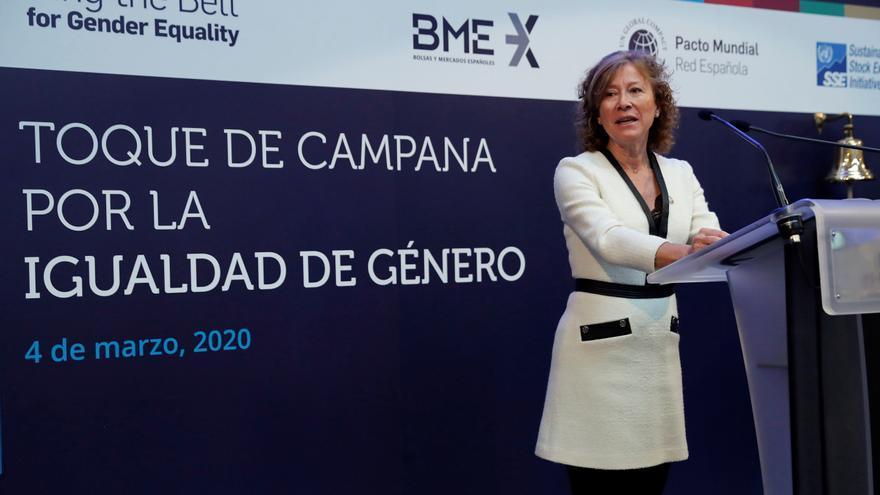 El Banco de España prevé que los bancos cobren por servicios antes gratuitos