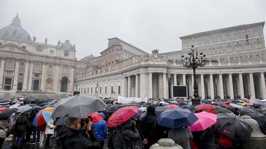 El Papa pide a los jóvenes que participen en internet en la preparación del Sínodo