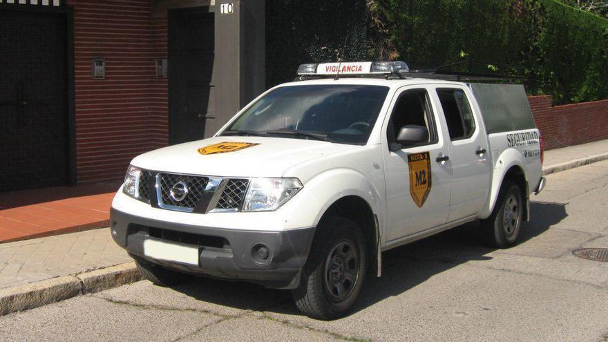 Vehículo de la empresa Mega-2 Seguridad.