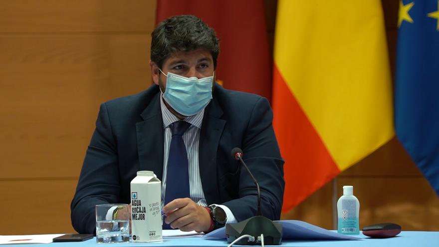 Fernando López Miras presidiendo el comité de seguimiento COVID