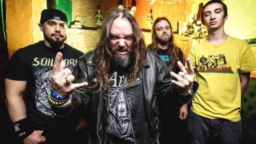 Soulfly, llegados de Phoenix, traen su heavy metal al Jimmy Jazz vitoriano el viernes.
