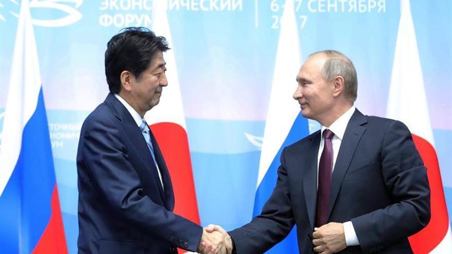 Japón y Corea del Sur presionan a Putin para que apoye sanciones a Pyongyang