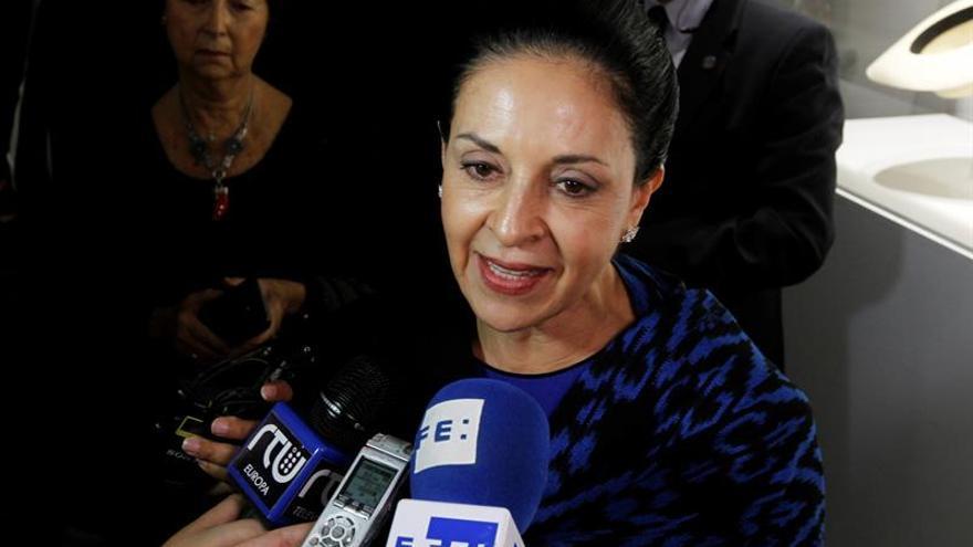La primera dama ecuatoriana inaugura el Centro Cultural de Ecuador en España