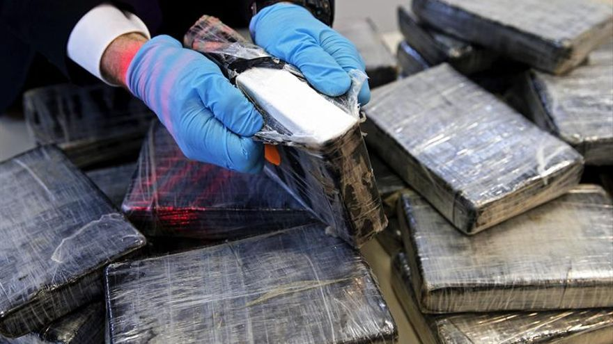 Incautados 900 kilos de cocaína procedente de Colombia en cajas de bananas
