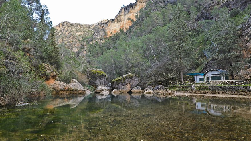 El agua es uno de los elementos centrales que definen al Parque Natural de las Sierras de Cazorla, Segura y Las Villas. Aquí nacen el Guadalquivir y el Segura, dos de los ríos más importantes de España. Igor Romero