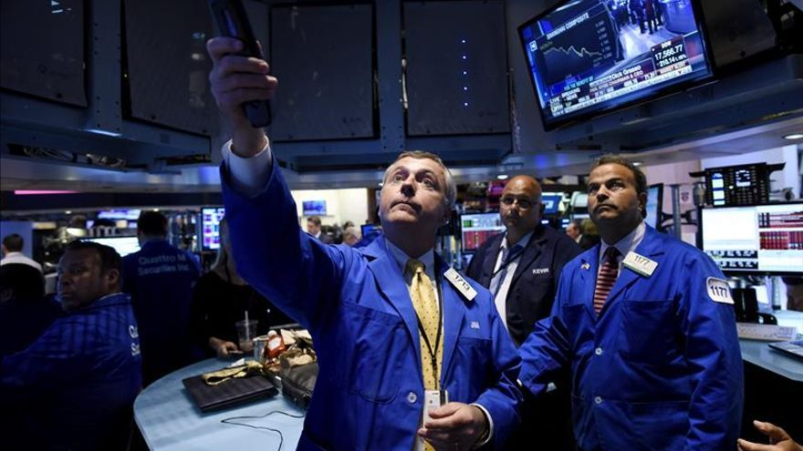 Wall Street cambia de rumbo y el Dow Jones cede un 0,14 por ciento