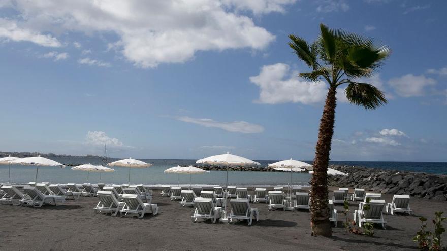 La flamante playa Duque Norte, en Adeje y junto al hotel Bahía del Duque
