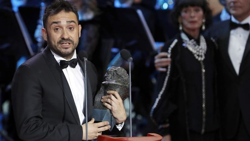 """Bayona se lleva el Goya a mejor director por """"Un monstruo viene a verme"""""""