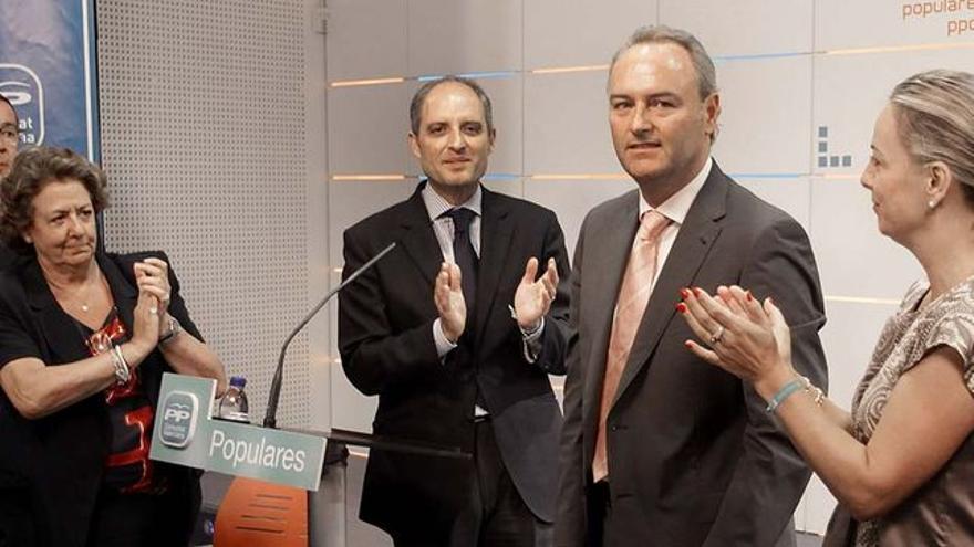 Alberto Fabra y Francisco Camps el día del traspaso del liderazgo