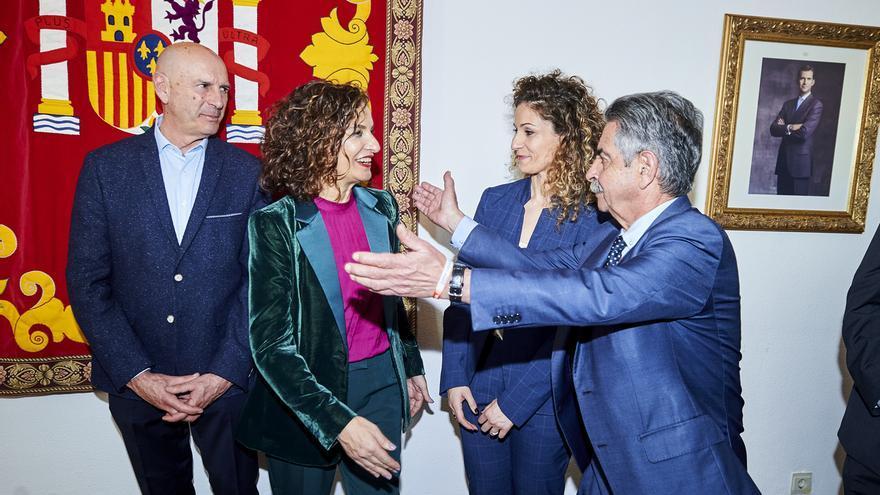 Revilla espera el cumplimiento de los compromisos de Sánchez ratificados por Montero