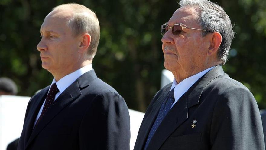 Putin y Raúl Castro se reúnen hoy en el Kremlin
