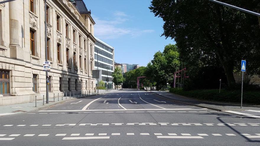 Calles del centro de Frankfurt vacías tras la evacuación
