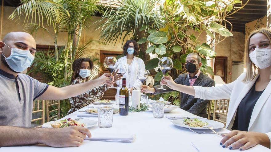 Sanidad recuerda las medidas preventivas a tener en cuenta durante los encuentros navideños
