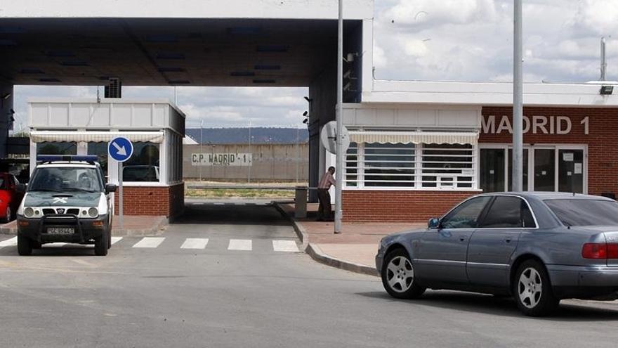 La prisión requisará los teléfonos móviles y entregará a Junqueras y el resto de exconsejeros un kit de higiene personal