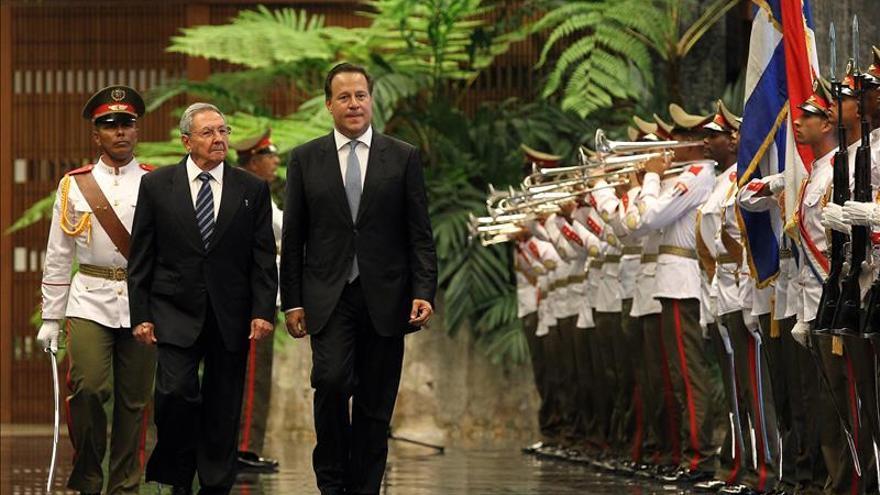 Varela y Raúl Castro tratan sobre comercio, cooperación y la nueva era con EEUU