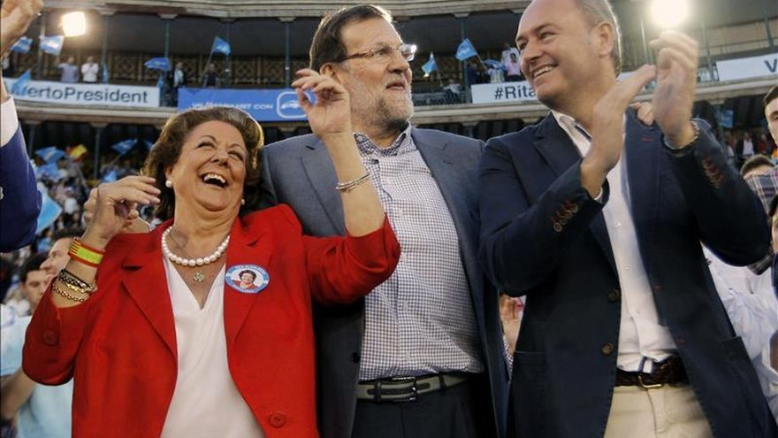 """Rajoy subraya que Barberá es """"la mejor"""" y Alberto Fabra ha dado """"la talla"""""""