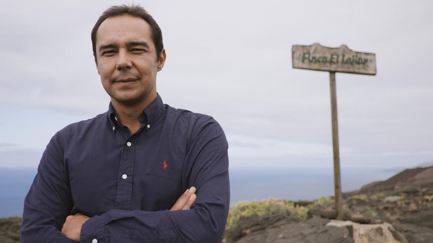 El escritor Víctor Álamo de la Rosa