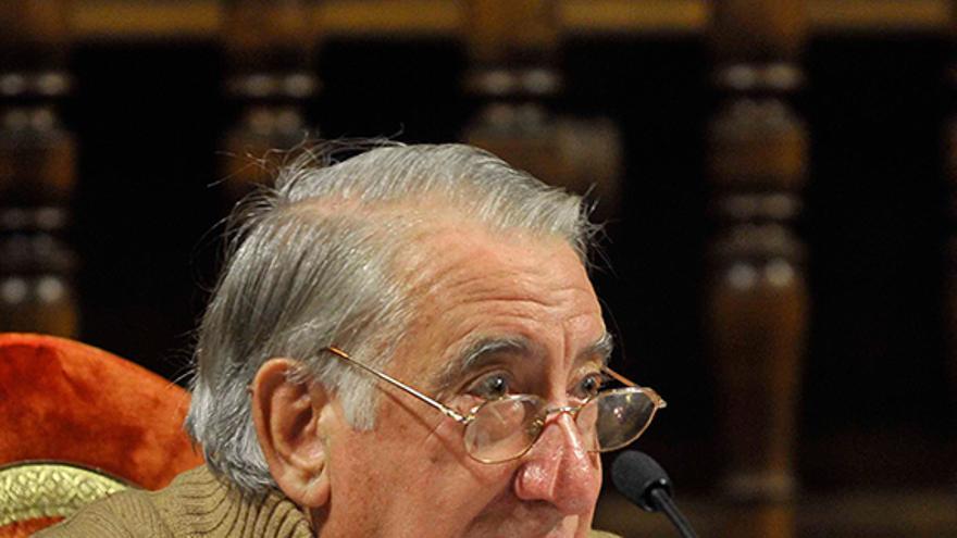 José Esteban Gonzalo.