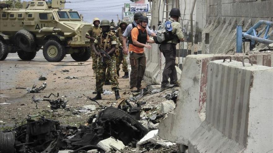 Al menos 15 muertos en un atentado suicida contra una comisaría en Somalia