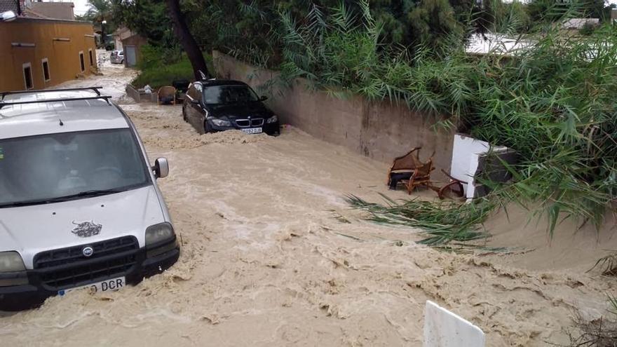 Algunas de las consecuencias del temporal en la localidad alicantina de Almoradí