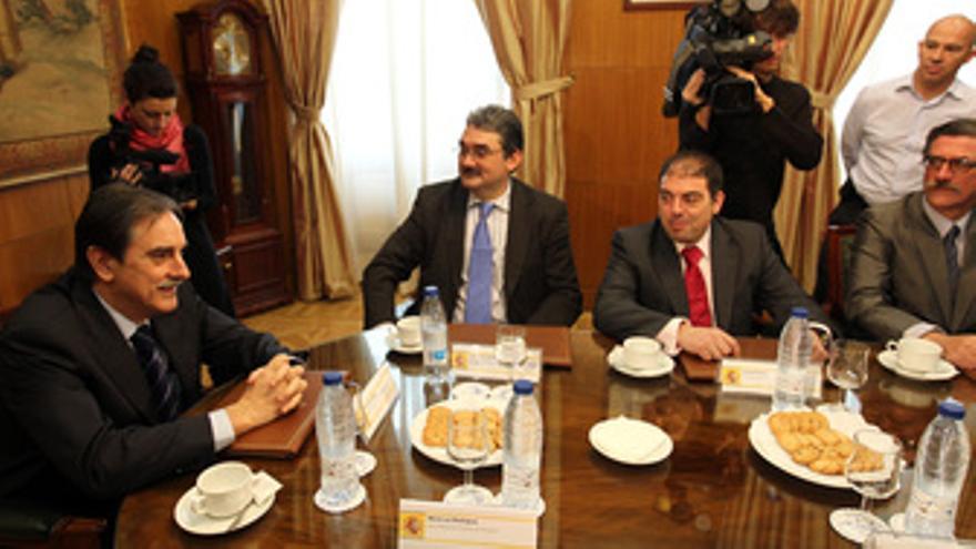 Secretario general de UPTA, Sebastián Reyna, y el presidente de ATA, Lorenzo Amo