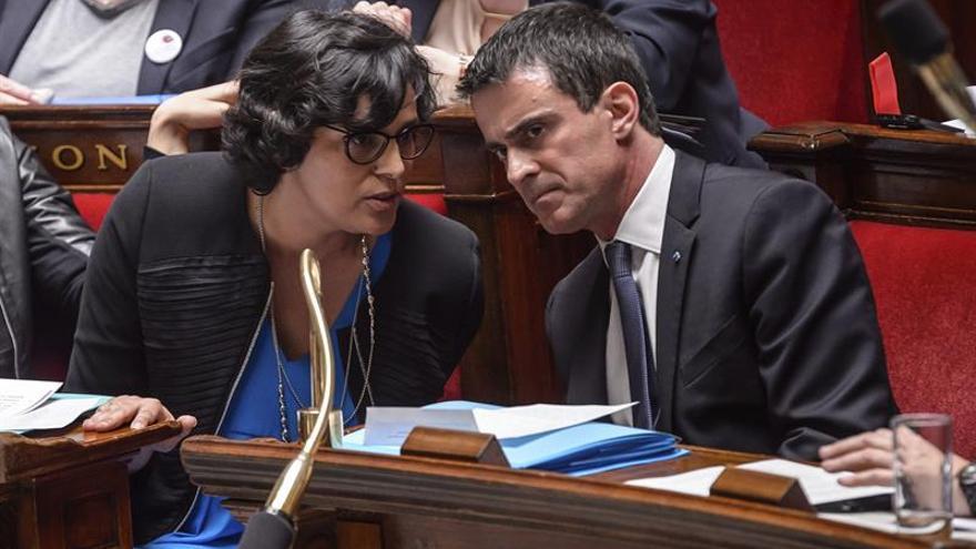 El Parlamento francés aprueba prolongar dos meses el estado de emergencia