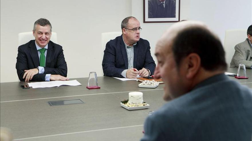 """PNV y PSE anuncian una negociación sobre """"grandes acuerdos de país"""""""