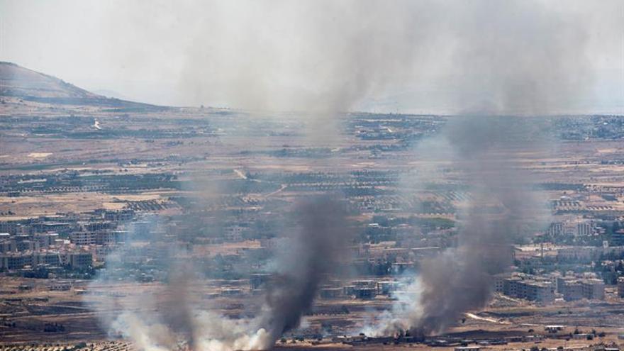 Combates entre facciones sirias en un importante paso fronterizo con Turquía