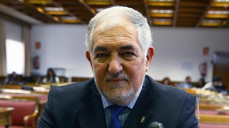 Conde-Pumpido, Balaguer, Enríquez y Montoya, candidatos al Constitucional
