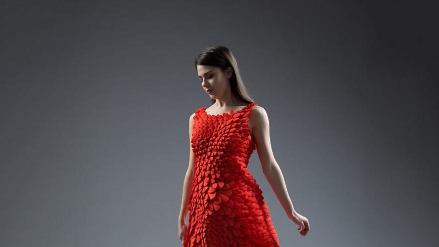 El increíble vestido de pétalos de Nervous Systems