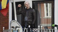 Ecuador da la espalda a Assange para acercarse a Estados Unidos