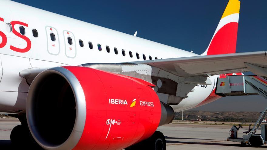 Iberia Express celebra el tercer aniversario de su ruta Tenerife-Madrid