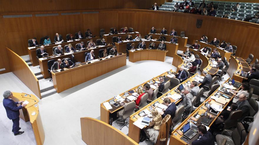 """Varios diputados han cobrado una """"indemnización de cesantía de 3.000 euros mensuales."""