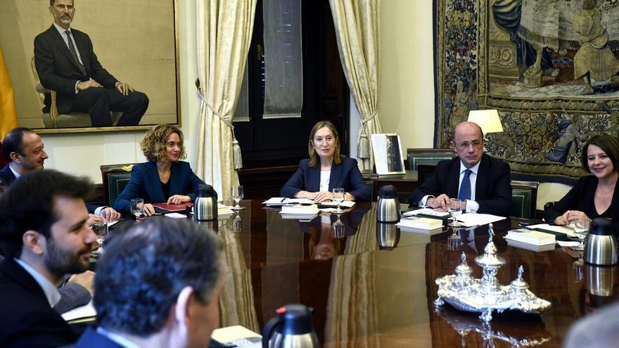 La Mesa del Congreso activará mañana las comisiones parlamentarias y organizará el calendario de plenos hasta junio