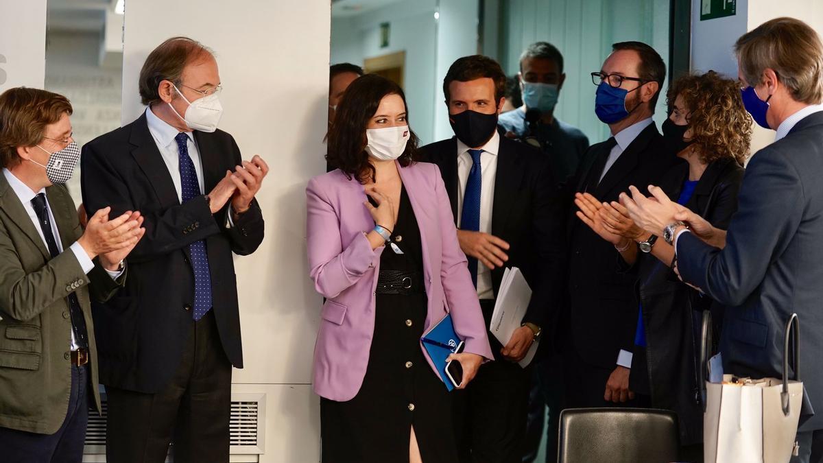 Ayuso y Casado, este miércoles, a la entrada del Comité Ejecutivo Nacional del PP.